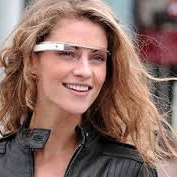 Google Glass will go on sale to the US on 15 April