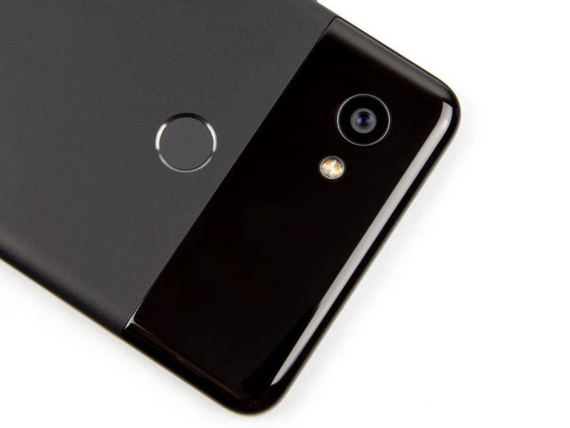Google considering launching a mid-range Pixel phone